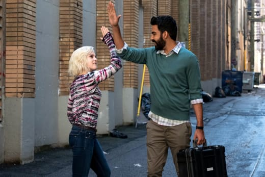 ravioli-high-five-ftw-izombie-s4e3